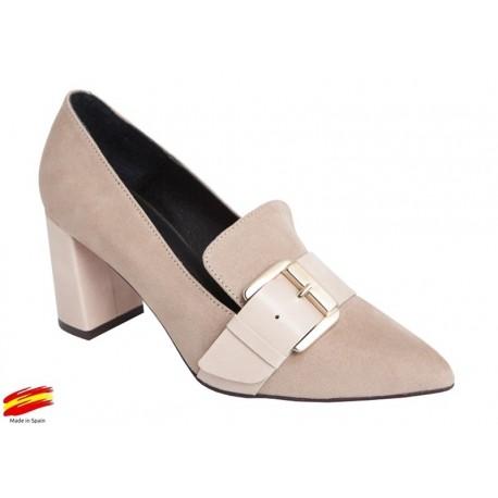 Zapato Mujer Ante Arena con Tacón . Alarcón.