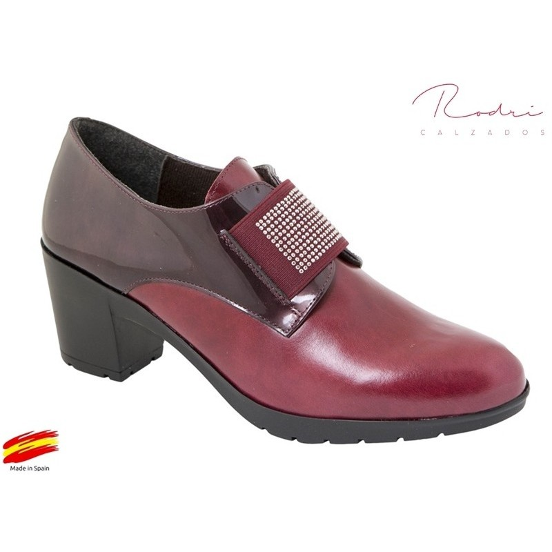 Zapato Mujer Piel Burdeos. Rodri