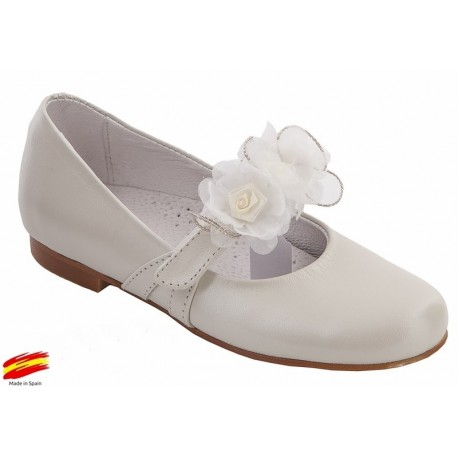 Zapato Ceremónia-Comunión Niña Piel Beig Nacarado.