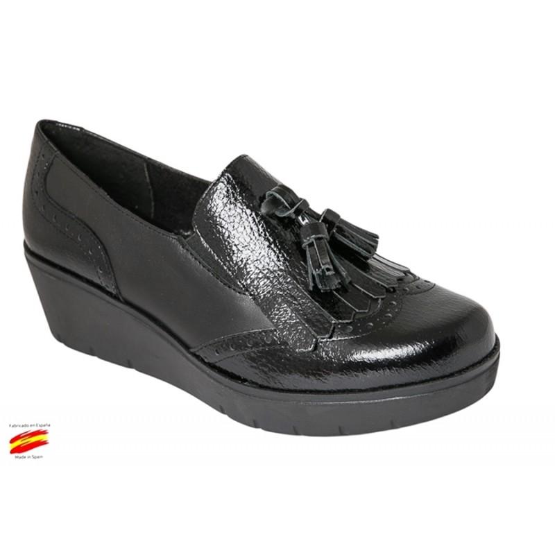 Zapato Mujer Piel Negro Con Borlas. Rodri