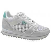 Sneaker Mujer Con Cuña Plata . Yumas