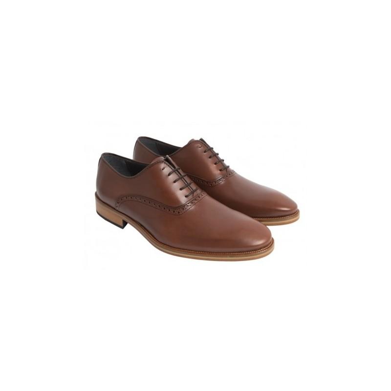 Zapato Elegante de Piel y Suela de Cuero. Almansa